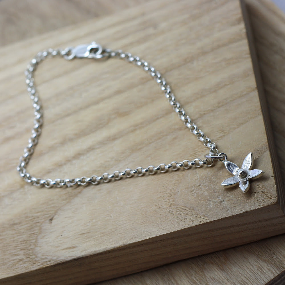 Dainty Lilac Flower Ankle Chain, Handmade in Sterling Silver