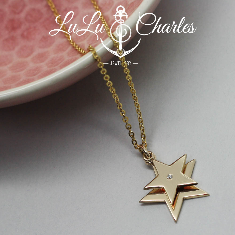 Handmade-9ct-gold-layered-star-necklace-enrgaved-with-handwriting