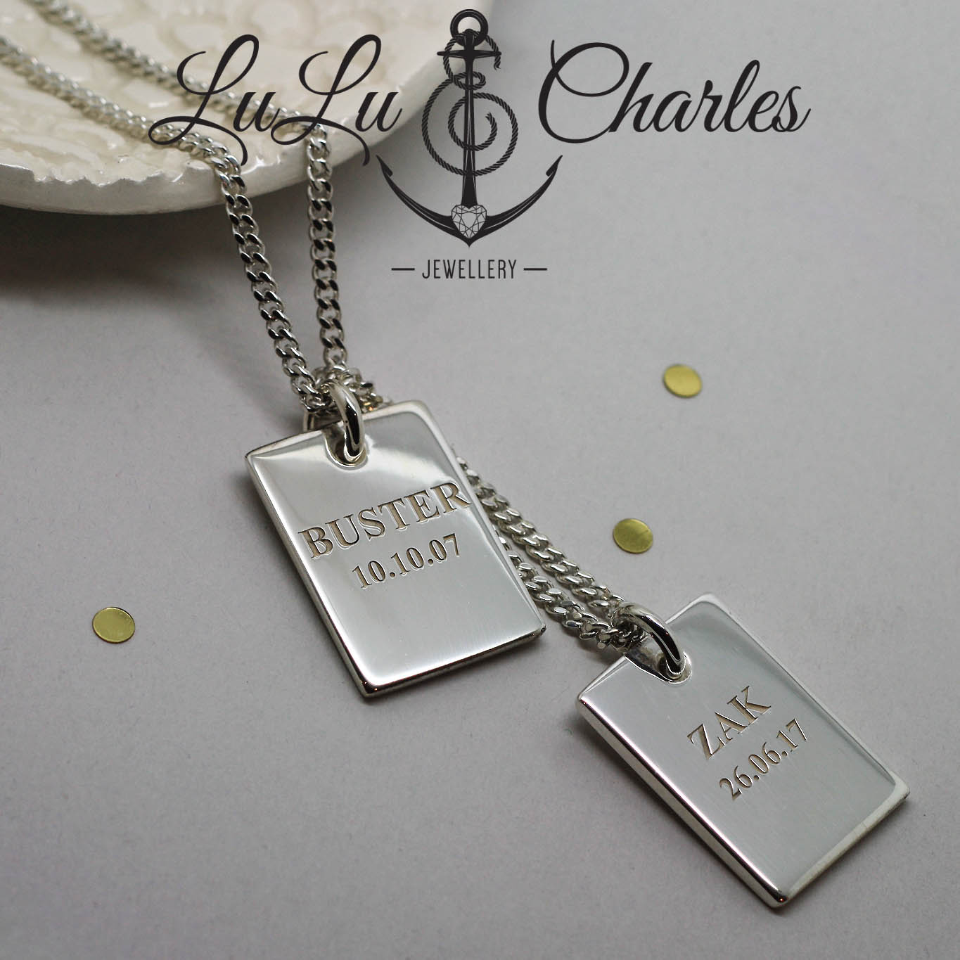 Handmade-Sterling-Silver-Personalised-Dog-Tags-Containing-Cremation-Ashes-uk