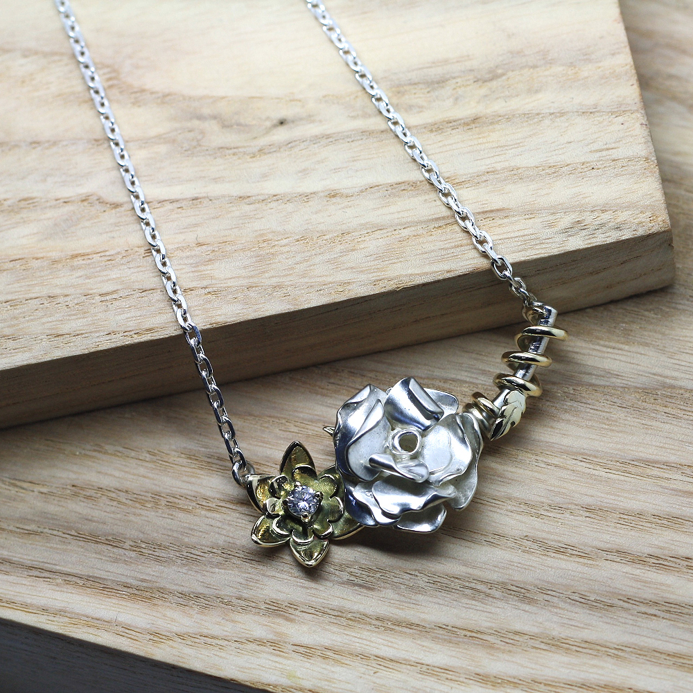 Handmade Sterling Silver English Rose & Entwined 9ct Yellow Gold Welsh Daffodil Necklace