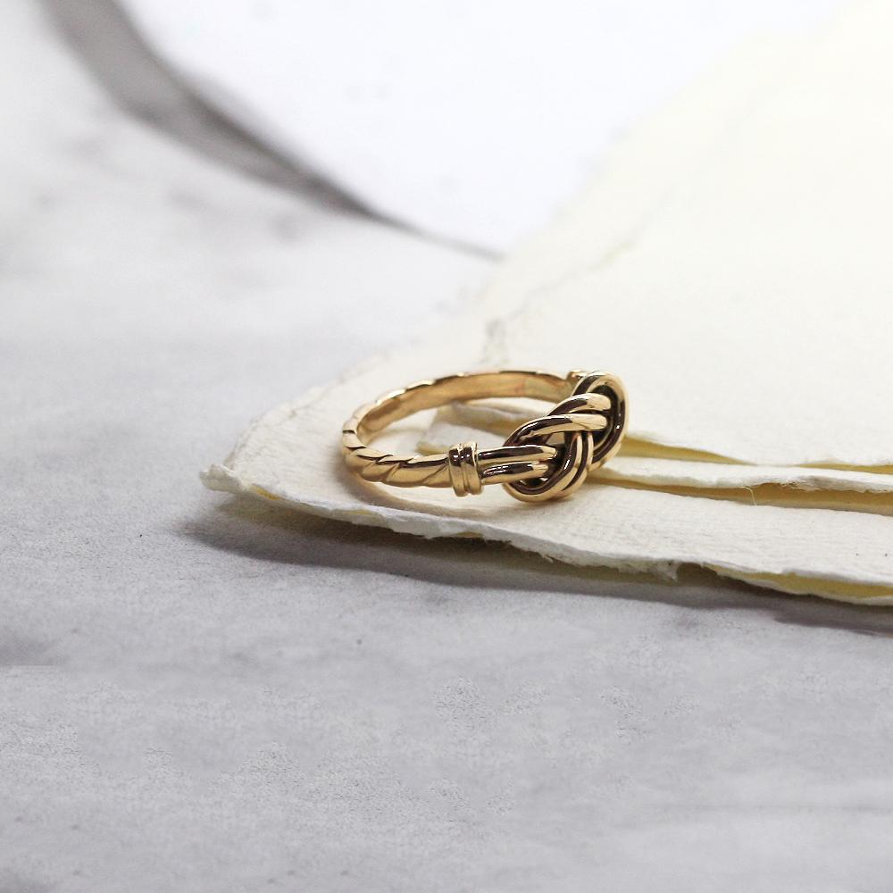 Handmade Figure of Eight Gold Knot Ring, handmade using sentimental gold jewellery, handmade bespoke jewellery newcastle county durham uk